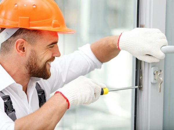 Commercial Locksmith: When To Change The Locks Of Your Business