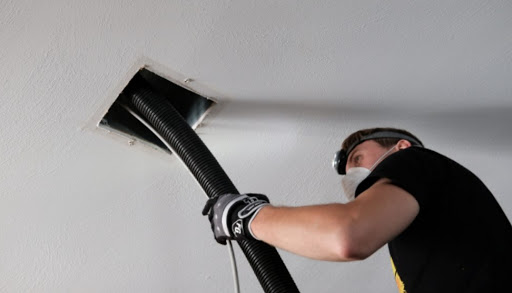 Duct cleaning in Windsor